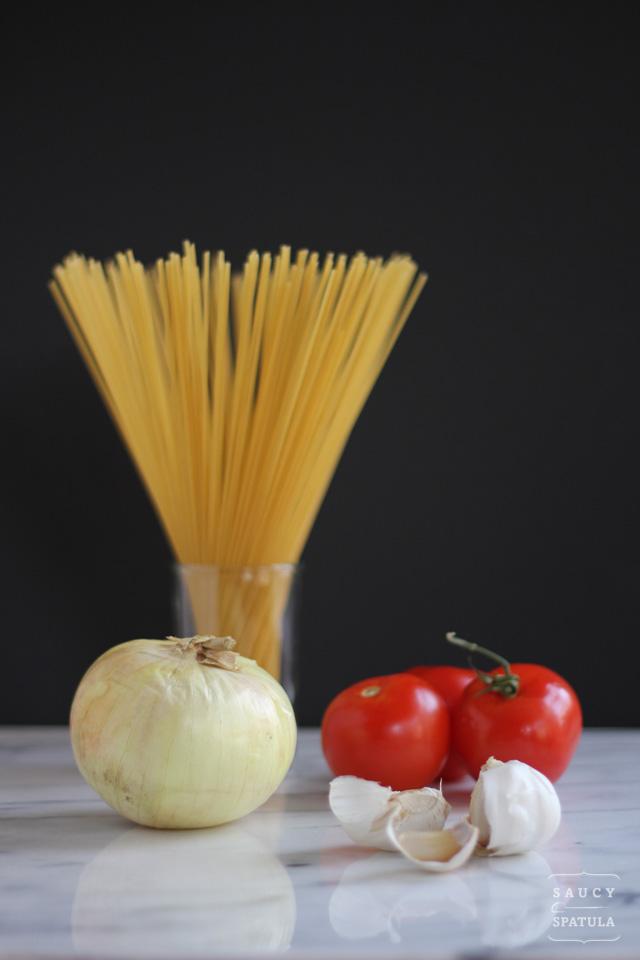 spaghetti-bolognese-ingredients.jpg