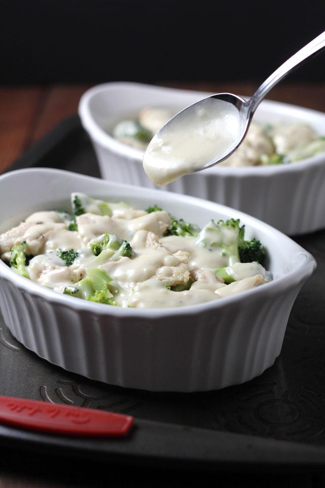 chicken-broccoli-baked-rice-layer-cream.jpg