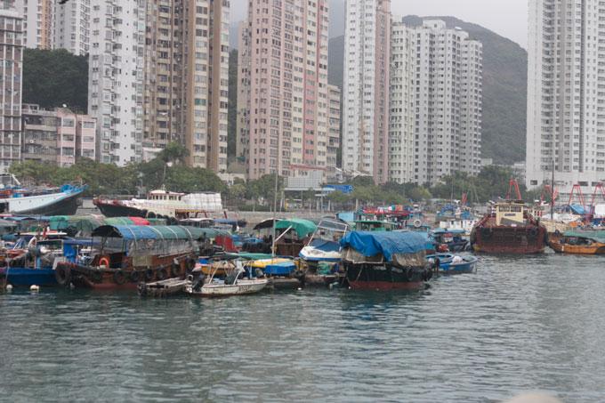 hong-kong-aberdeen-boats.jpg