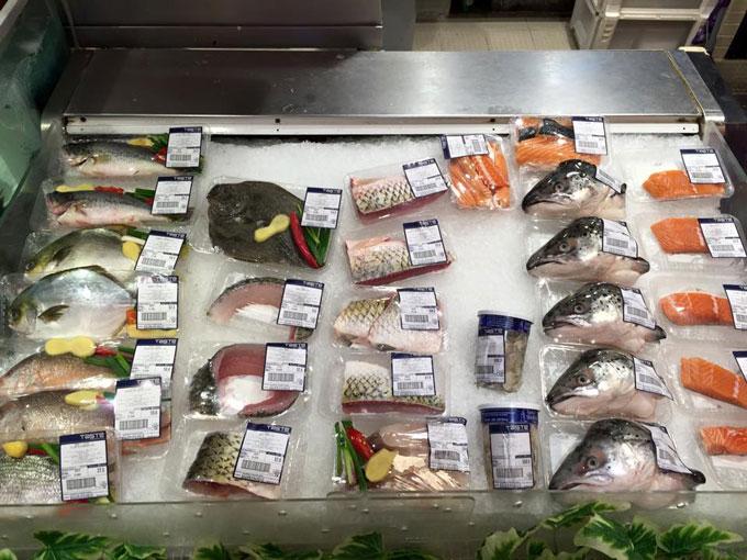 hong-kong-supermarket-fish.jpg