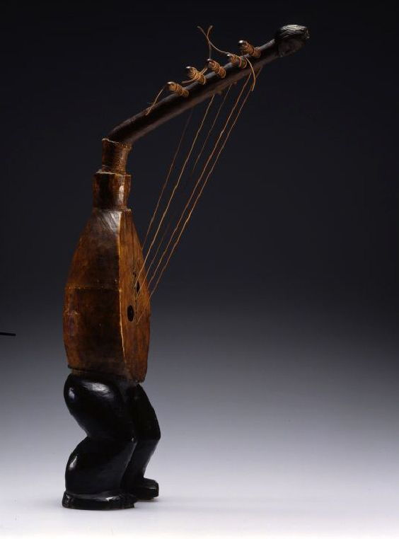Harp from Congo; wood, leather and plant fiber. 20th century.