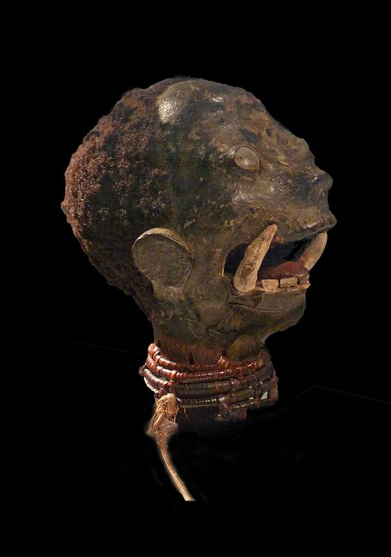 A human head dance crest of the Ekoi/Boki headhunters of northern Cameroon and Nigeria. They are also known as the Ejagham culture. 20th century.