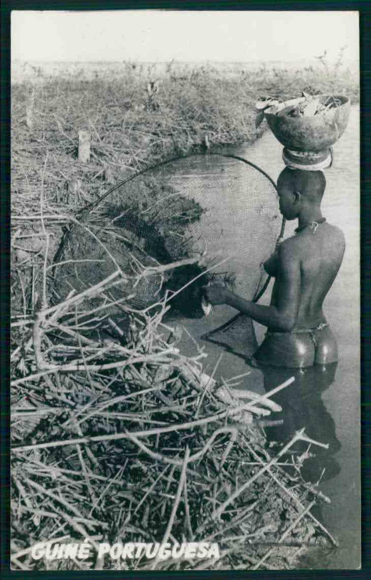 nude fishing.jpg