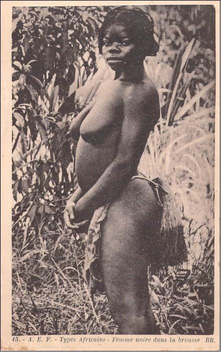 nude femme noir New).jpg