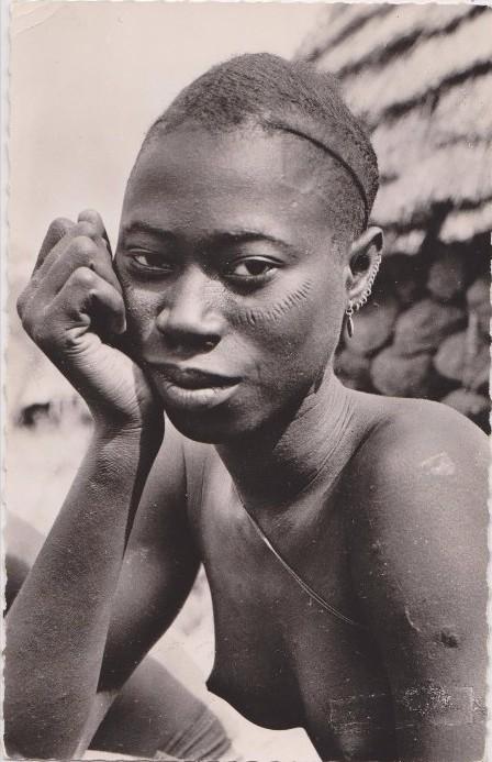 nude guinee francaise.jpg