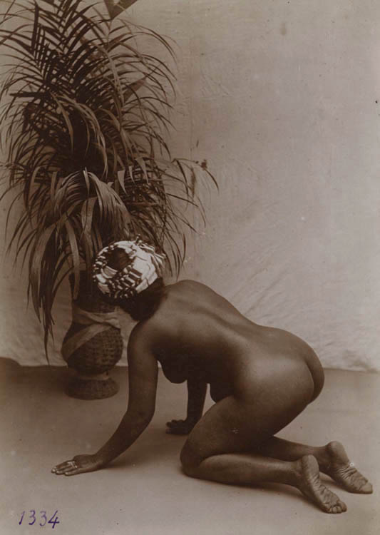 An early 20th-century photo playing on the stereotype of the Moorish slave.