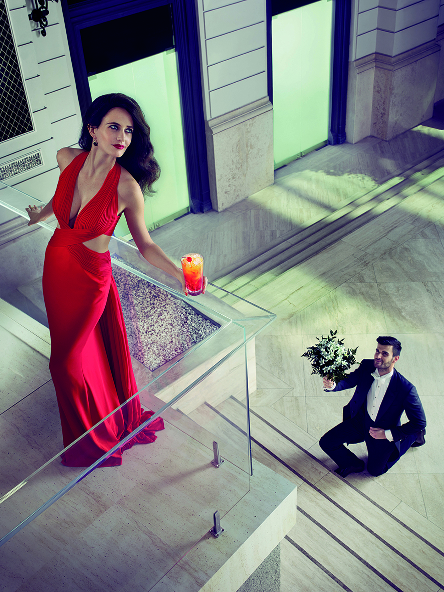 09 Campari Calendar 2015_Mithology Mixology_Eva Green_September_Campari Orange Passion_LR