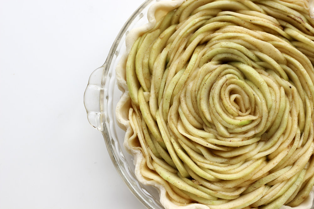 Rose Apple Pie - <<I made this!