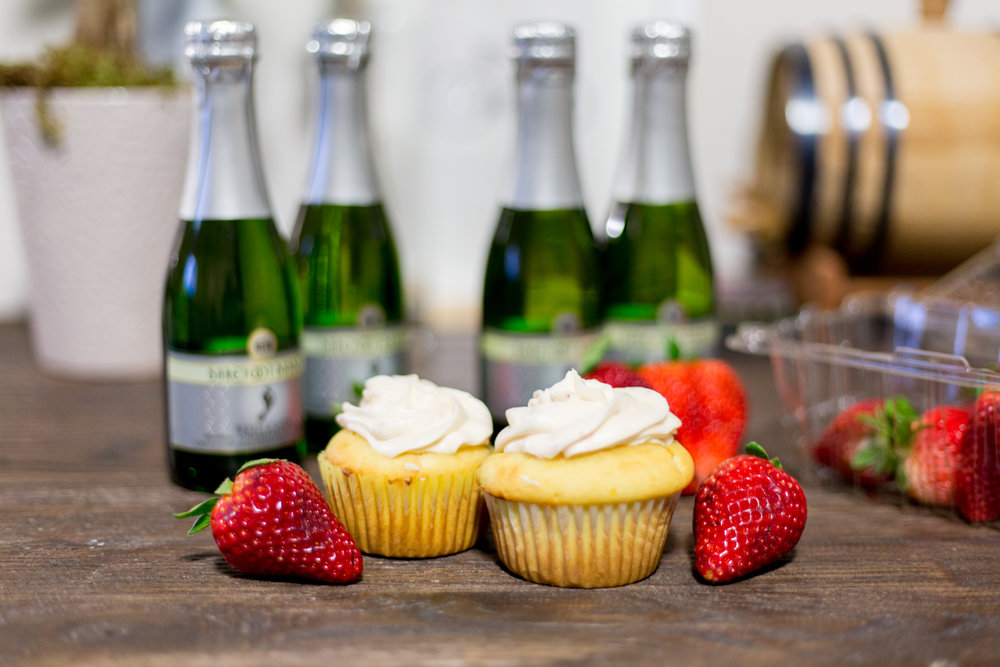 Strawberry Champagne Cupcakes (5 of 9).jpg
