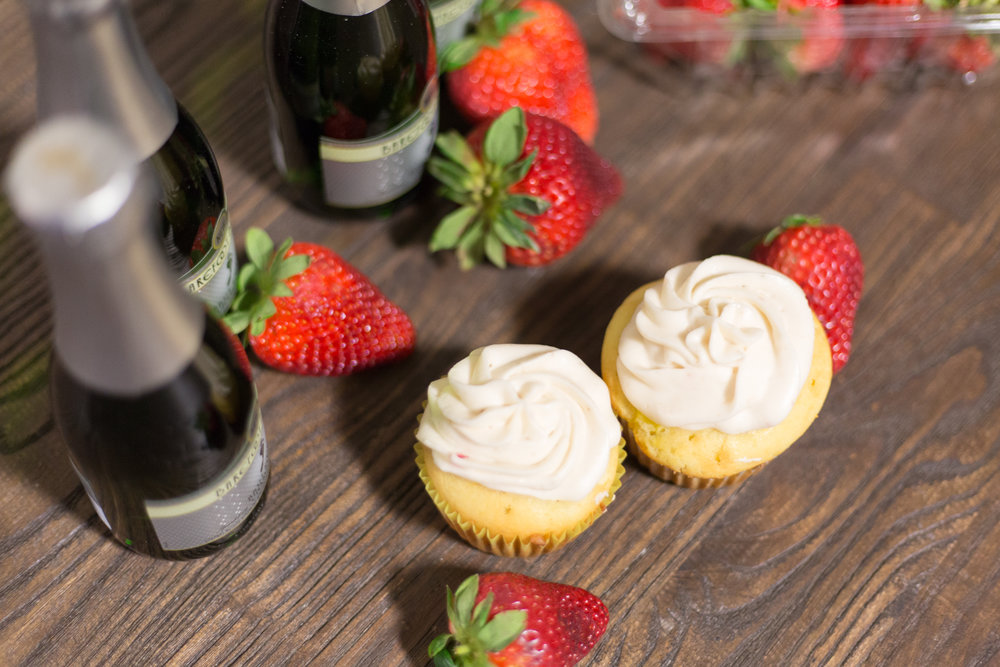 Strawberry Champagne Cupcakes (6 of 9).jpg