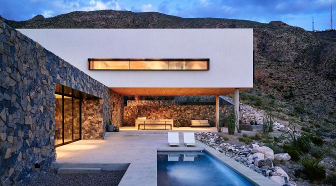 franklin-mountain-house-hazelbaker-rush-el-paso-texas-house-stone-desert0a_dezeen_2364_col_3.jpg