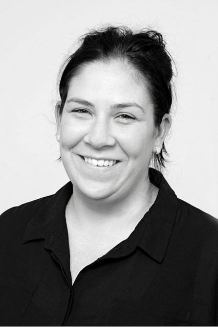 Lisa Hewitt Customer Service & Bookings