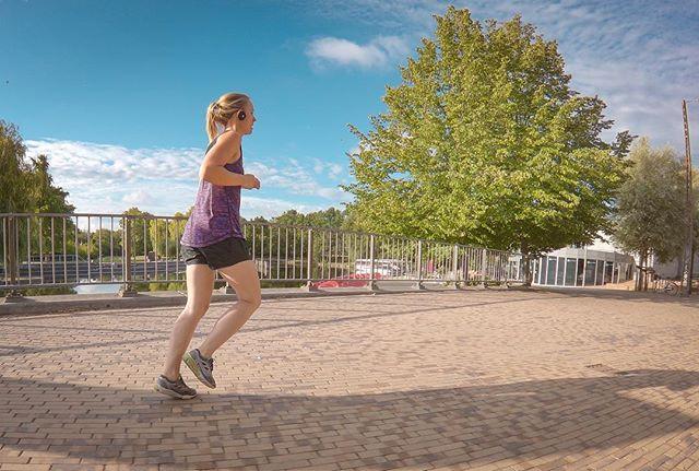 Thanks for the great run this morning @amalieslandersen 💪🏻 . . #running #Triathlontraining #TriathlonDK #TriNorge #Swimbikerun #Tri365 #Triatlon #triathlon #trening #træning #tritraining #aktiv #runhappy #odense #danmark #løping #løp #løb #løbing #løper #happyrunner #run #runitfast #løpeglede