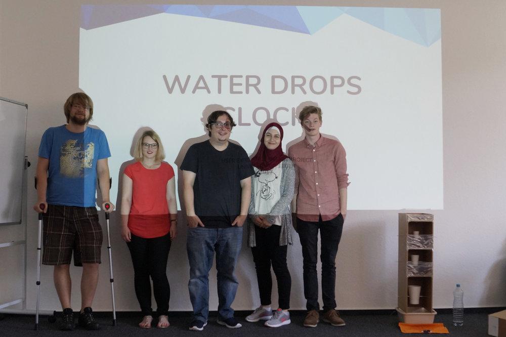 WaterDropsClock.jpg