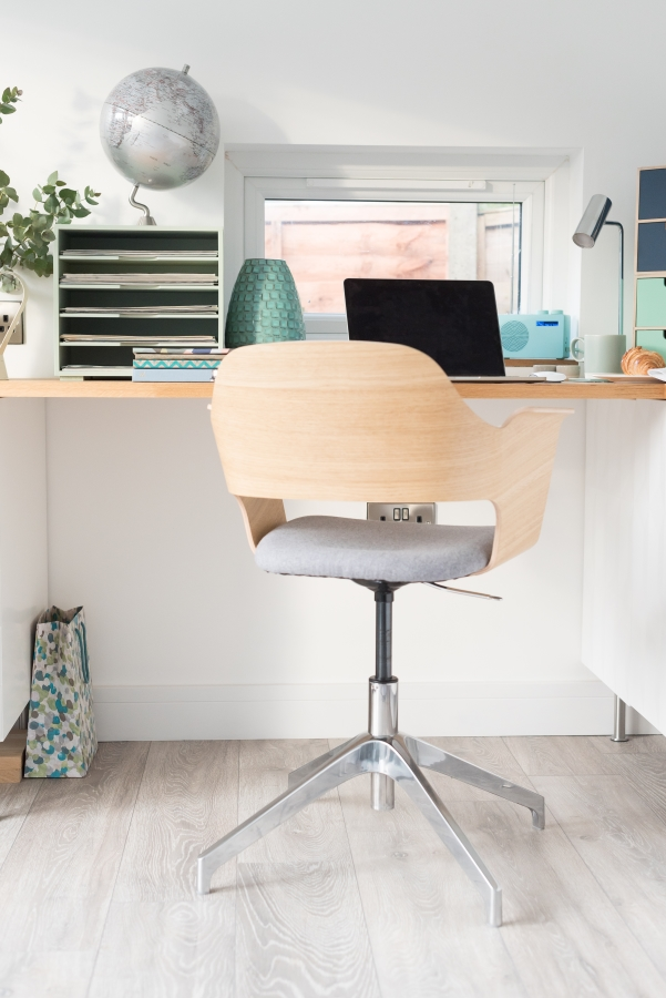 Project working from home - Office workspace