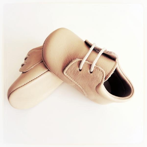 zapatos_piel_bebe_moomak.jpg