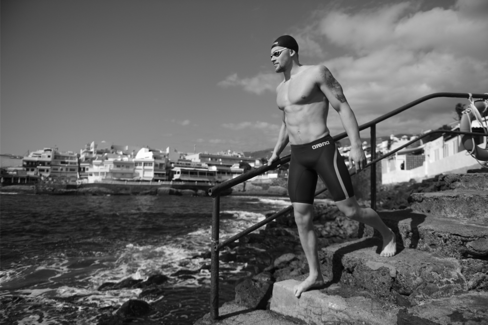 ©Andy Hooper / Adam Peaty Tenerife / Daily Mail