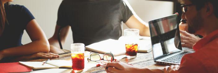 entrepeneurs-round-desk.jpg