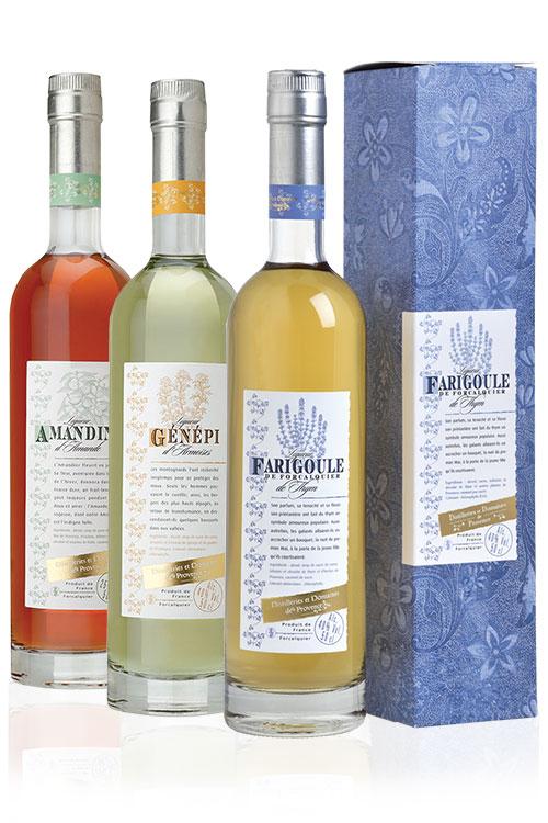 Distilleries-et-domaines-de-provence-liqueur-range.jpg