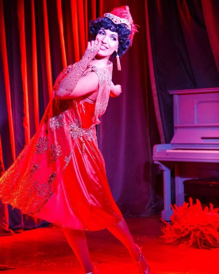 anja-pavlova-burlesque-berlin