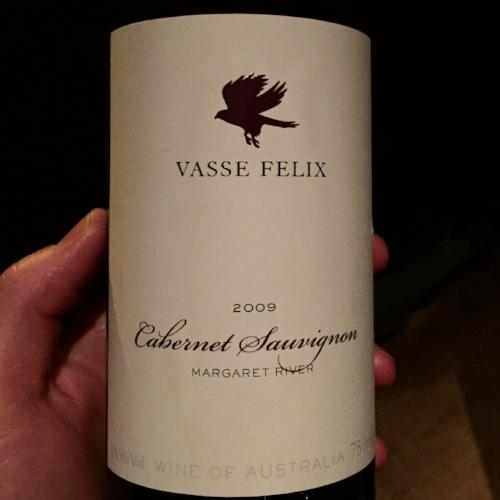 Vasse-Felix-2009-Cab-Sauv-bottle-pic.jpg