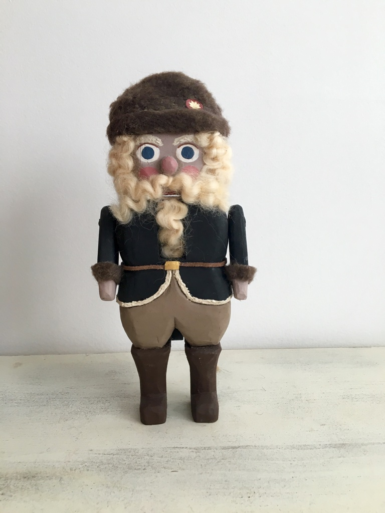 German Santa  : To add this piece   to your collection, you can email us through the contact page.