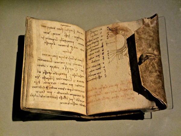 Da Vinci' kept detailed notes of his ideas, experiments, and inventions.