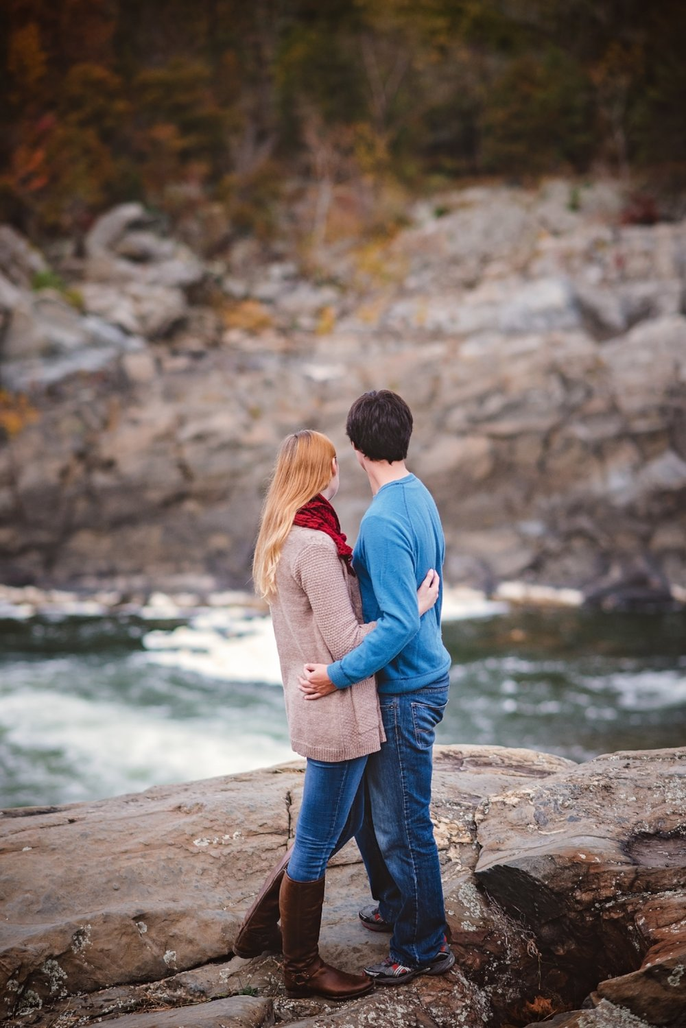 rock climbing engagement photography by 1001 angles photography