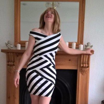 Linda Hobbis - Professional Mummy Blogger