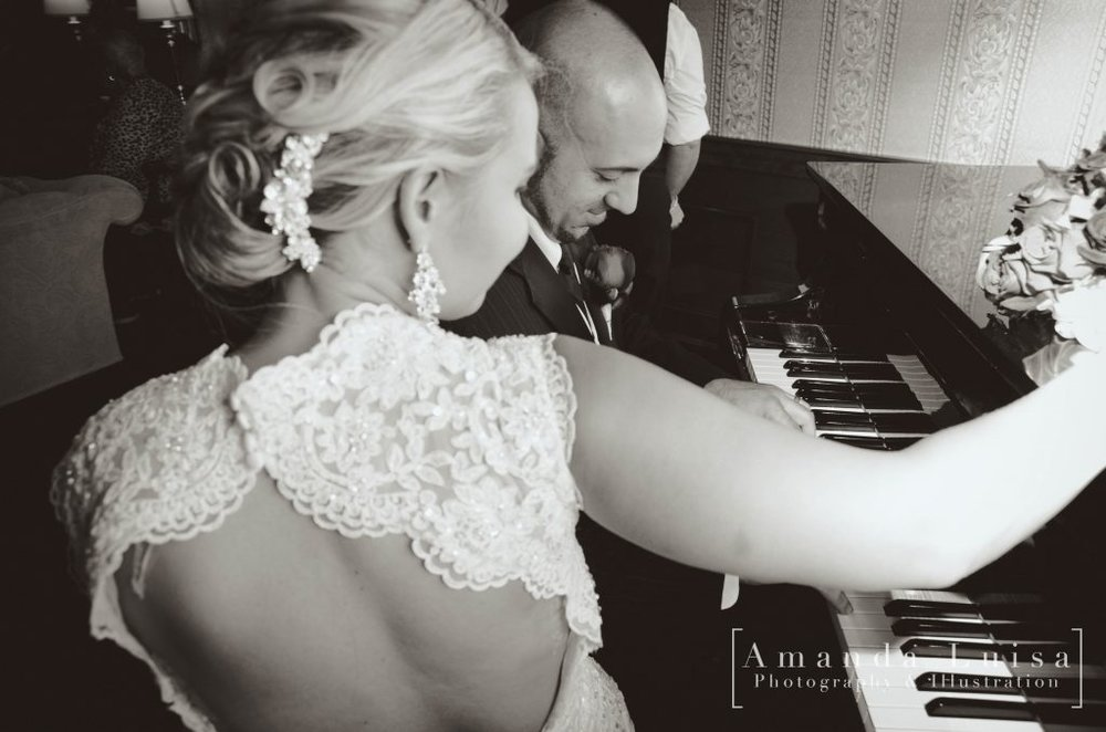 Amanda Luisa Photography - Wedding day fun