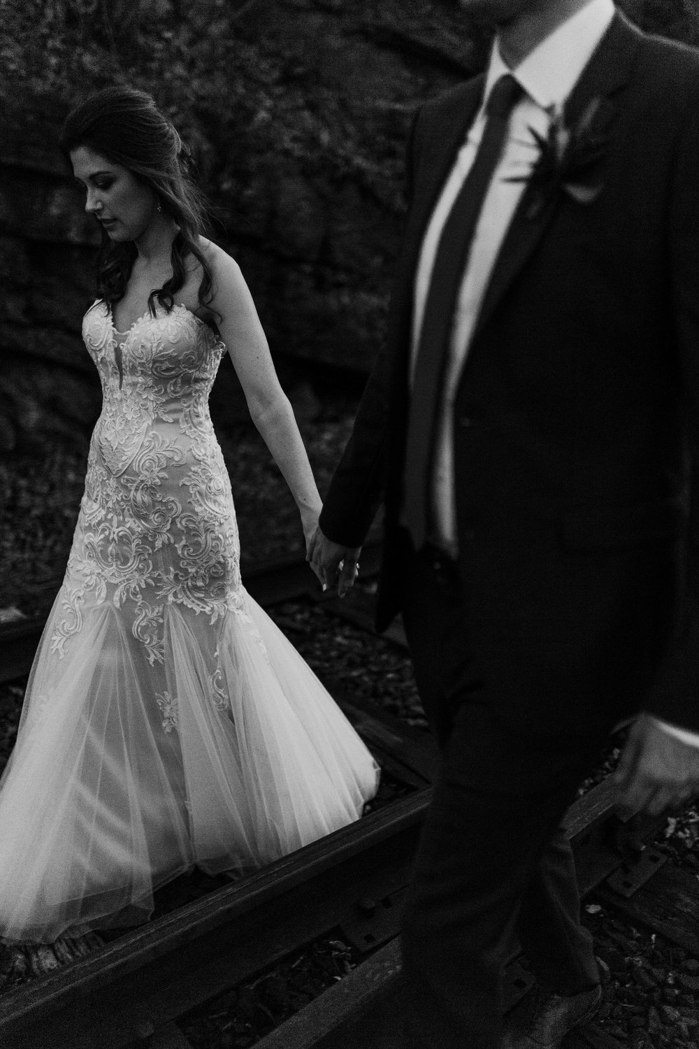 The coolest black and white photo of the bride and groom - Pearl Weddings & Events