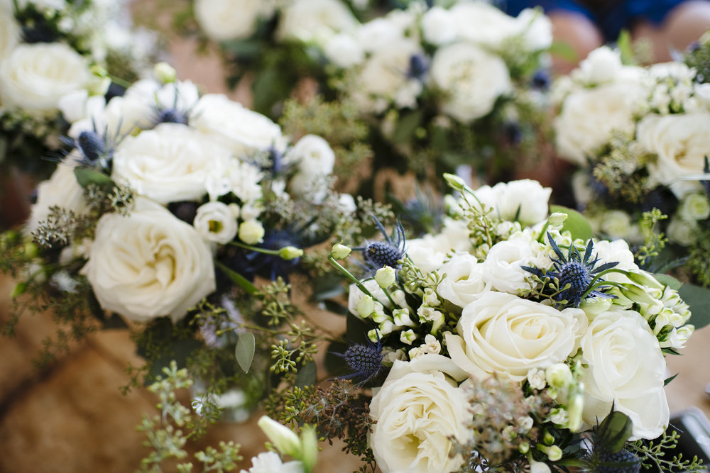 Blue, White and Green bride and bridesmaids bouquets at Jonathan Edwards Winery - Pearl Weddings & Events