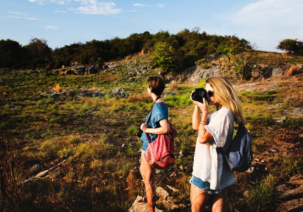 adventure-attractive-backpack-386132.jpg