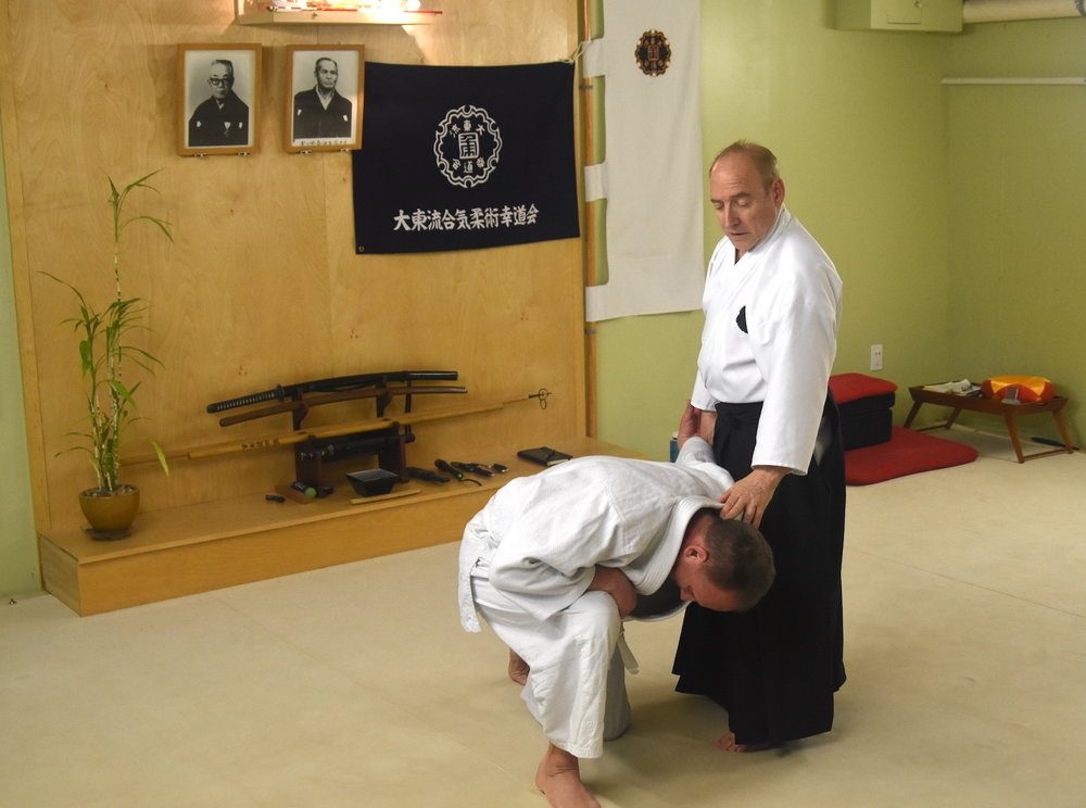 Roy Goldberg teaching Daito Ryu's kaiten nage