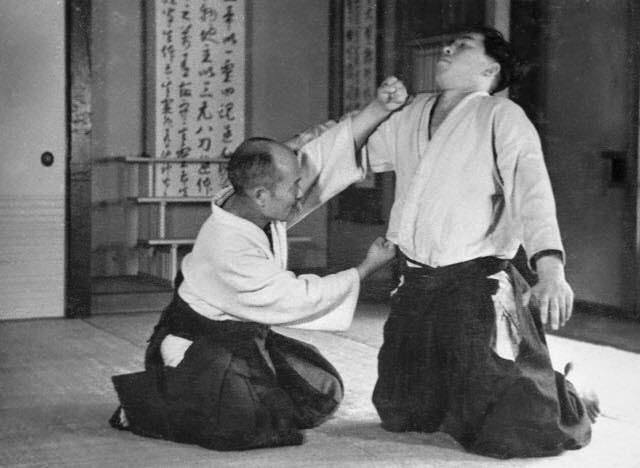 Aikido's founder, Morihei Ueshiba, using a Daito Ryu technique in 1935