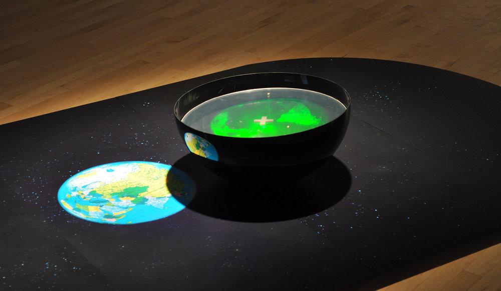 """""""Un monde d'incertitude"""", 2008 (hologram - Plus)"""