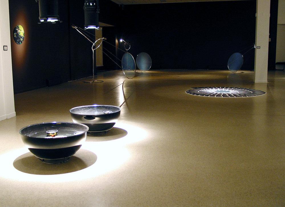 «Un monde nouveau», 2001