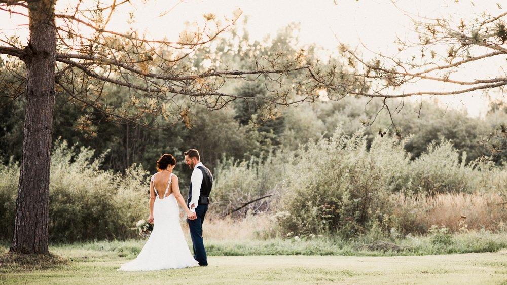 Danielle Aisling canadian destination wedding