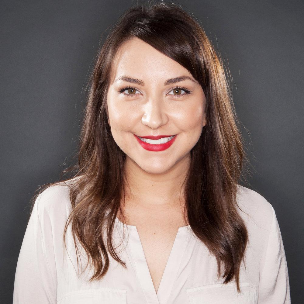 Victoria Alvarez | Creative Lady Directory