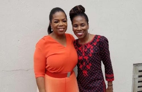 Luvvie and her homegirl Oprah, maxin' and relaxin'. (photo: Awesomely Luvvie)