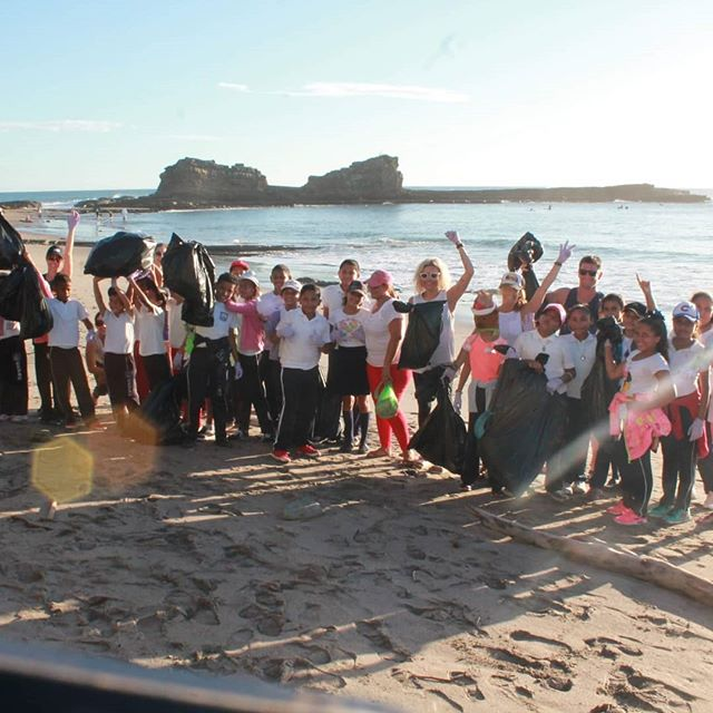 Thank you guys for a great day and contribute to the environment. The kids had a blast so did we! Hope too see you soon! #airaerialfitnesscharlotte #Nicaragua #Nica #magnificrock #yoga #yogaretreat #playapopoyo #cleanbeach #ocean #waves #positive