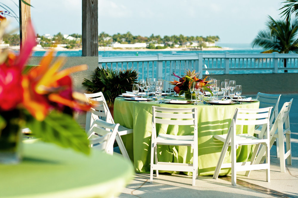 Wedding receptions on Sunset Deck_4527_med.jpg