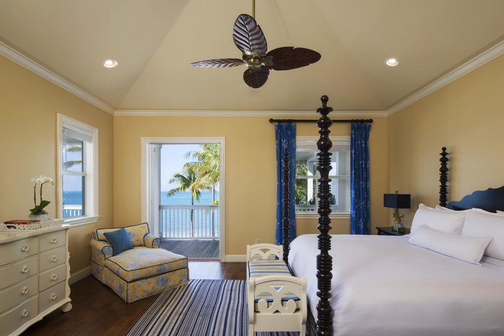 4BR_Cottage_Master Bedroom_208543_high.jpg