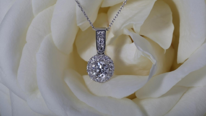 Necklaces - Stunning necklaces speak for themselves; the perfect addition to your big day.Shop the collection