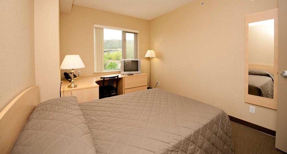 accommodations-bedroom-big38083.jpg