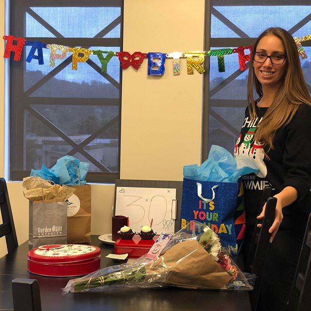 Our sweet, loud, happy as she can be, RDA is turning 30th today!!!! Happy Birthday, Brianna! 🥳🎉🎈 Lets all wish her a HAPPY BIRTHDAY!! #tamalteam #hbd #tamalvistadental