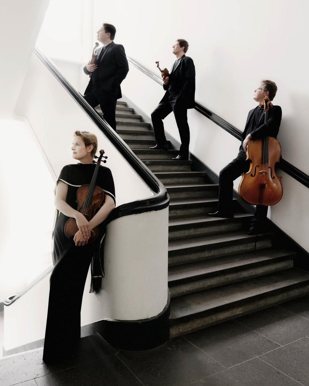 Henschel Quartett standing on stairs.jpg