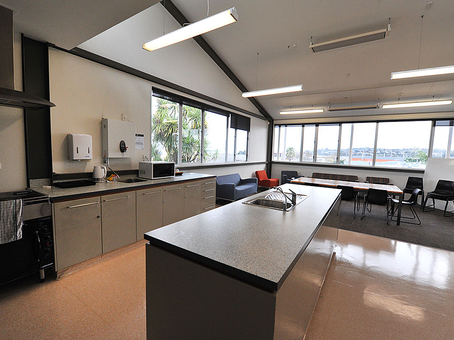 Onehunga Community Centre Kitchen 2 925x694.jpg