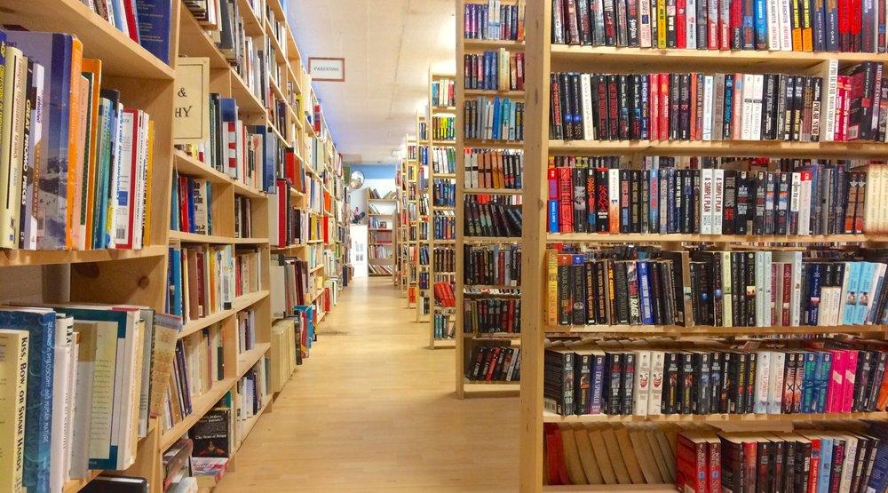Revolving Books focuses on mass market paperbacks.