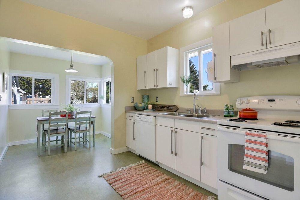 7 - kitchen1_preview.jpeg